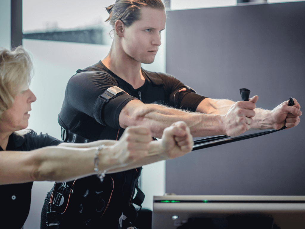 VALUE Fitness_Facebook_EMS-Studio_Training